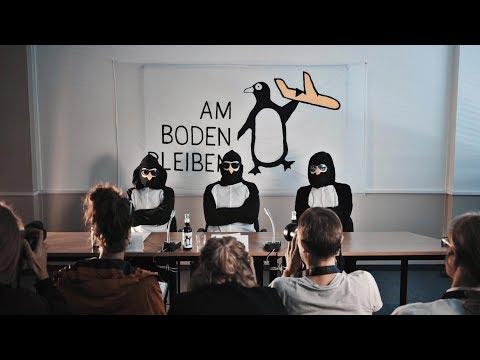 Am Boden Bleiben - Pinguine im BER #ambodenbleiben #BER #PenguinsForFuture #Klimagerechtigkeit